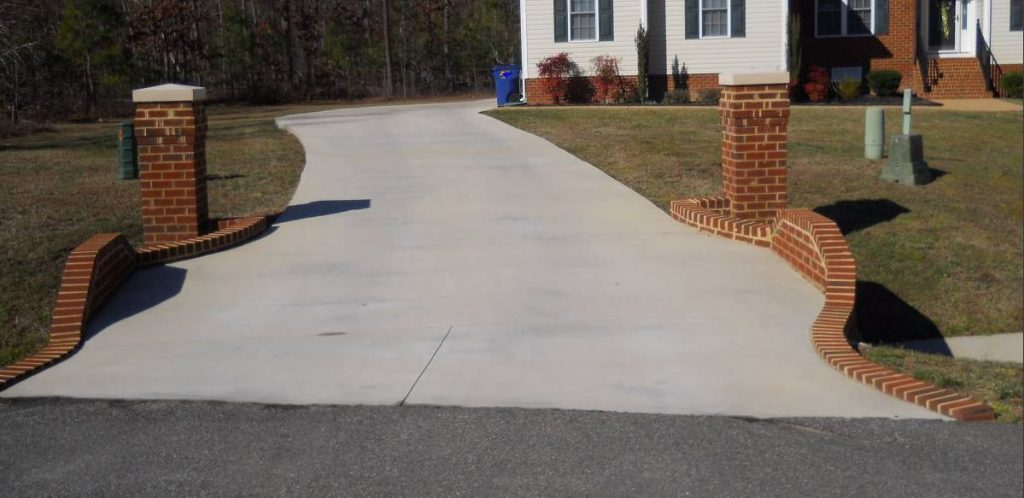 concrete-driveway-installed-in-indianapolis